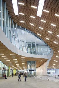 Station Arnhem Centraal, UNStudio • Foto Ronald Tilleman. Van alle in dit artikel getoonde projecten is het lichtontwerp gemaakt door Arup