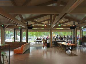 Het nieuwe clubhuis van sportvereniging Were Di in Tilburg, Bedaux de Brouwer architecten • Foto Michiel Kievits