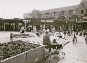 Winkelcentrum Lewenborg 1979. Foto: Frank Straatemeier. Collectie Groninger Archieven