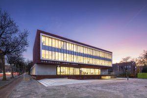 Audiologisch Centrum in het hoofdkantoor van de Koninklijke Auris Groep Rotterdam, architect: Ector Hoogstad
