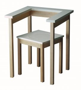 Table Chair- eigen beheer 1990