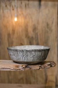 Voor de Erosion Set, i.s.m. Cor Unum, gebruikt hij dezelfde techniek als in de Globe project. Het resultaat is een elegante vorm gecombineerd met een rauwe textuur.