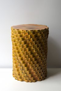 Pillar Autumn, keramische Pressed Stool.