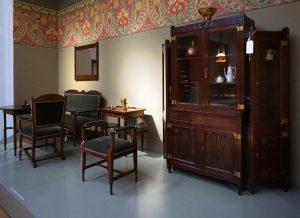Ameublement voor een modelkamer van 't Binnenhuis, H.P. Berlage en Marinus Hack (snijwerk), 1905.  Foto Jacqueline Knudsen