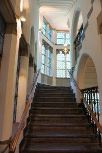 Het gebouw is zorgvuldig gerestaureerd en heeft veel originele aspecten, waaronder  twee trappenhuizen. Foto Jacqueline Knudsen.