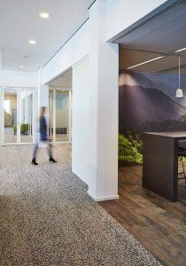 Goed gekozen tapijt kan een ruimte een extra dimensie meegeven.