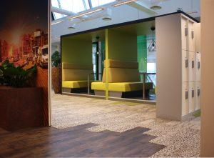 Met een ander tapijt wist conceptdesigner Lieke Willems een heel andere sfeer neer te zetten