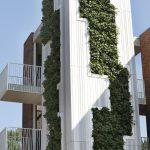 Plantenwand aan gevel appartentengebouw Kolpingbuurt Nijmegen