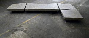 De vier terrazzo zitmodules in de werkplaats van Paul Koenen, klaar voor verhuizing naar het Sphinxterrein