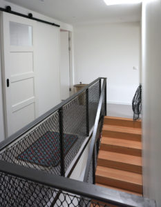 2e verdieping met daklicht boven de trap en vide. Foto Jacqueline Knudsen