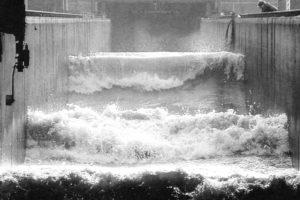 De Deltagoot was voorheen in gebruik om tsunamihoge golven op te wekken. Foto: Jan Kempenaers