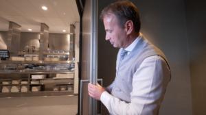 Ron de Vette, commercieel manager Van der valk Hotel Enschede