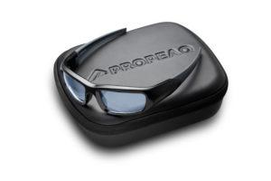 De Propeaq lichtbril ondersteunt het bioritme voor mensen die ver reizen of in ploegendiensten werken