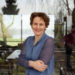 Francine-Houben in radioprogamma Kunststof