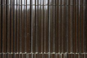 Voor de gevelbekleding met Argeton panelen zijn twee reliëfmallen gemaakt. Foto Walter Frisart / FOTOWERK