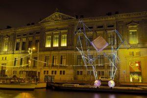 Lichtinstallatie Paard van Troje bij het Allard Piersonmuseum in Amsterdam, 2015