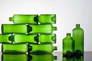 John Habraken. WOBO bierflessen, Heineken, 1964. Foto: Erik Rijper