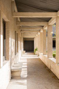 Binnentuin Priorij. Fotografie: Elsbeth Pilz