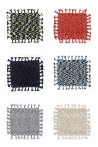 Stalen voor Sinuous, handgeweven, 100% wollen kleden voor de collectie van Kvadrat. Door een gelaagdheid in kleuren en wevingen lijken ze van veraf rustig en monochroom en van dichtbij vibrerend