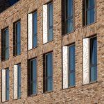 Bonte baksteen Hotel Renaissance Schiphol