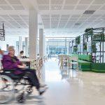 restaurant met aangepast meubilair Ontwerpen voor de zorg