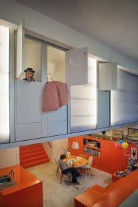 Voormalige ambulance-garage omgebouwd tot woonhuis. Foto: Maarten Laupman