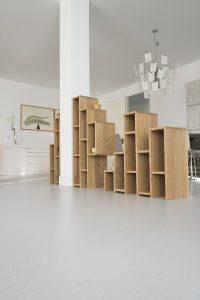 Pilar Cabinet. Een opdrachtgever vroeg Siebum om de pilaar midden in zijn woning te integreren