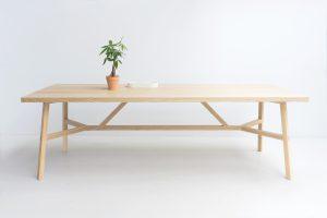 De Oak Table in opdracht van een klant werd het hart van de keuken