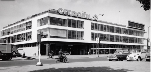 The Garage, voormalig  Citroengebouw Amsterdam. Fotograaf onbekend. Collectie Stadsarchief Amsterdam