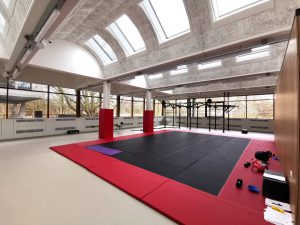Sportruimte in voormalige praktijkhal