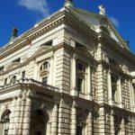 Staatopera wenen Boek waagstukken ode aan architectonische moed