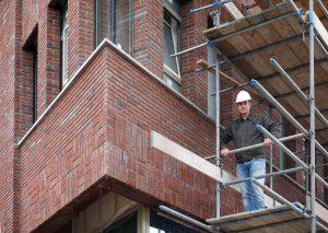 Patrick Kuijer op de bouw van Kindergarden Leidsche Rijn, van archivolt architecten en aannemer Coen Hagendoorn. Foto: Jacqueline Knudsen.