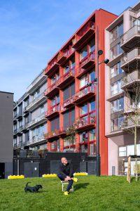Marc Koehler voor het eerste loftproject in Houthavens Amsterdam uit 2016, waarin hij zelf woont