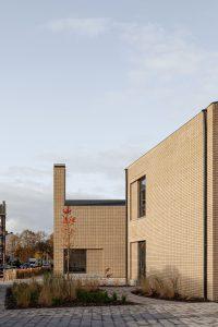 Basisschool Veerkracht Amsterdam nieuwWest. de primaire functie van de hoge schoorsteen is het creëren van een ankerpunt in de wijk