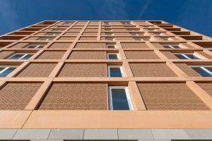 De Houtwachters met 90 appartementen te Haarlem. Dam & partners architecten, opgeleverd 2019. (Foto's: Walter Frisart)