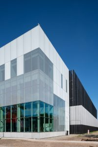 Datacentrum Equinix AM7 Amsterdam 2021, by Benthem Crouwel Architects Amsterdam NL